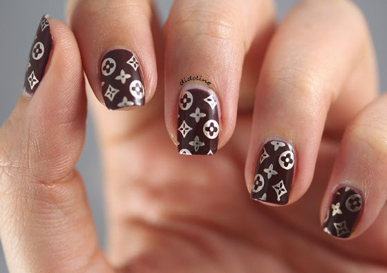 Nail Louis Vuitton