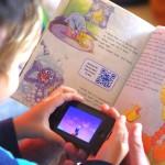 Um livro que mistura papel e mobile