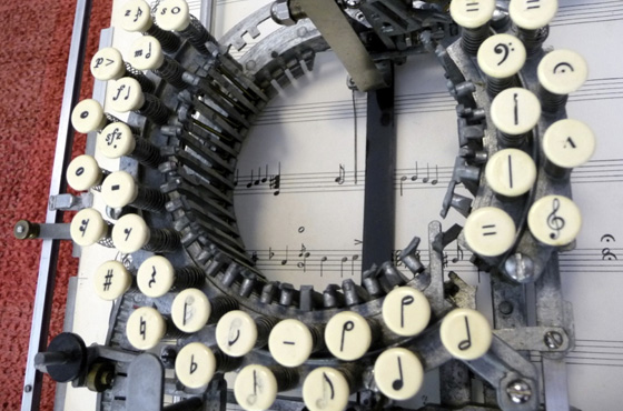 máquina de escrever música