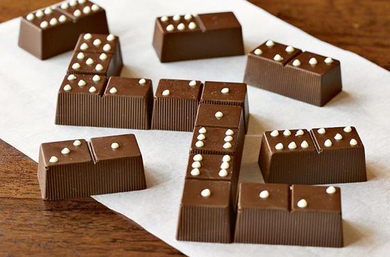 dominó chocolate caramelo