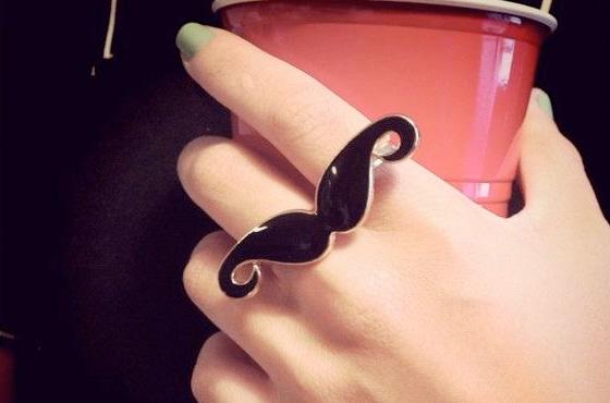 vou comprar bigode anel