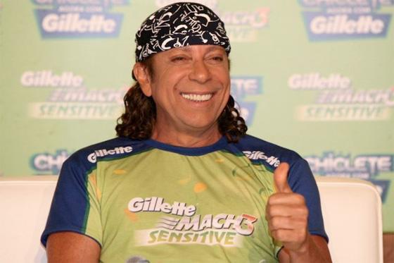 Bell Marques sem barba em ação da Gillette