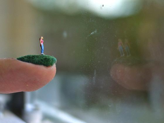 Unhas como cenário por Alice Bartlett - cutedrop.com.br