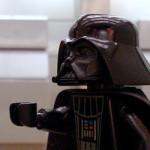 Cenas de filmes famosos recriadas com peças LEGO