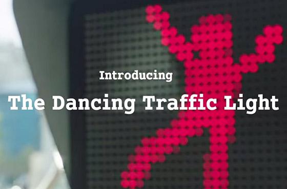 dancing-traffic-boneco