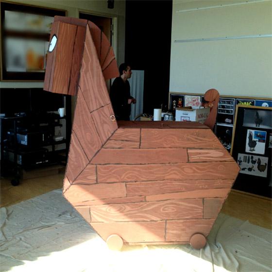 """Cavalo de """"madeira"""" citado por Avner"""