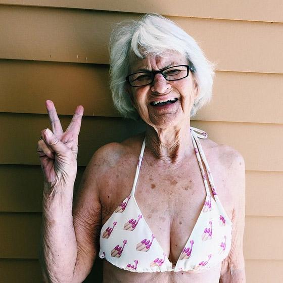 Baddie Winkle (86 anos) faz maior sucesso pelas suas fotos divertidas no Instagram. Virou modelo.