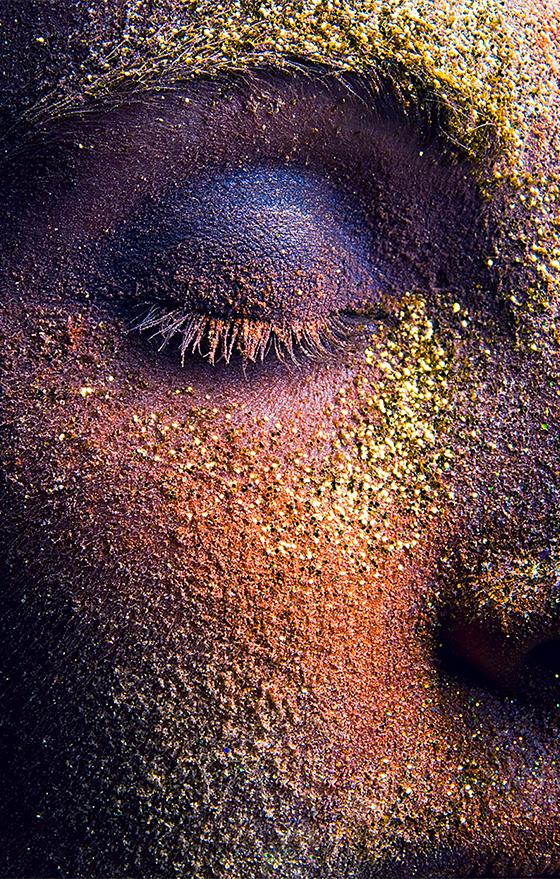 veronica_colored-powder