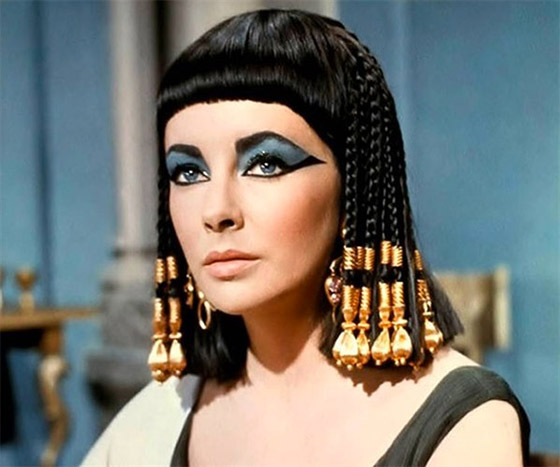 """""""Cleópatra"""", 1963, com Elizabeth Taylor."""