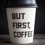 Fotógrafo registra coleção de copos de café pelo mundo
