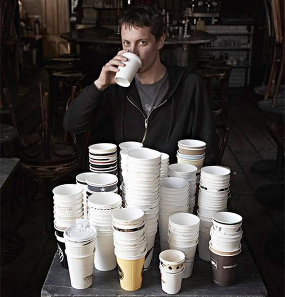 Henry e seus cafés.