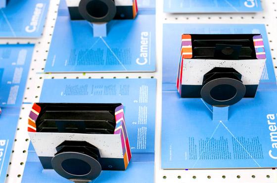 book-camera3