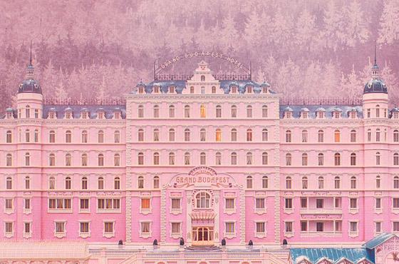 """Cena do filme """"O Grande Hotel Budapeste"""", 2013"""